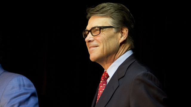 Who's Enforcing Perry's E-Verify Order?
