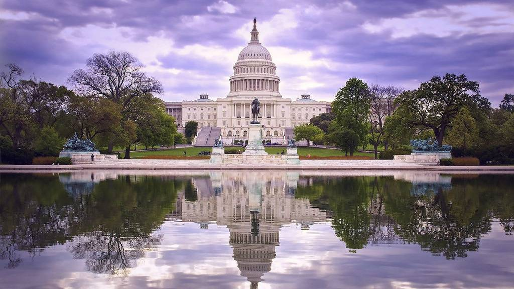 Congress passes spending bill, averts government shutdown