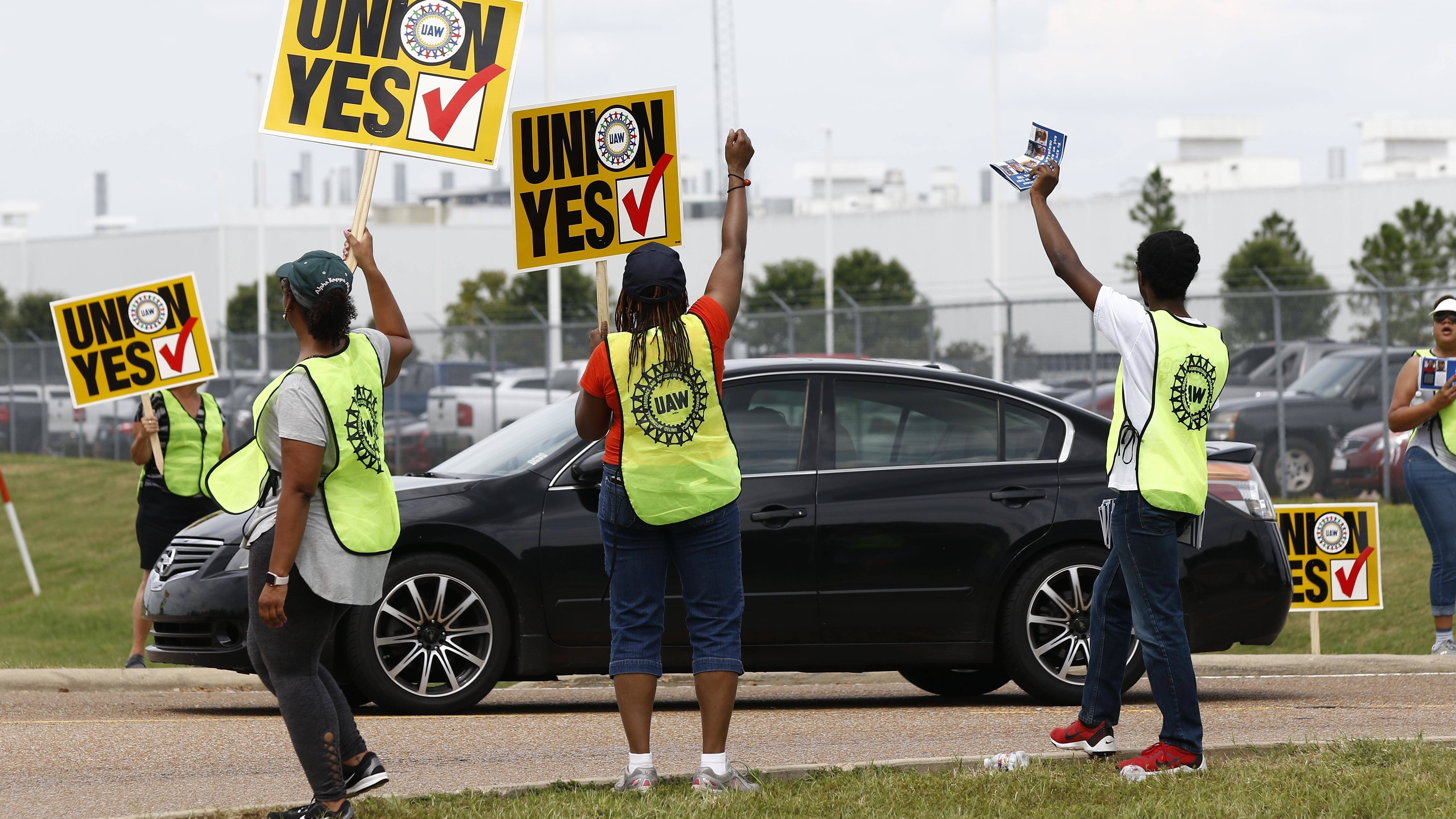 Nissan workers in MS reject bid to unionize