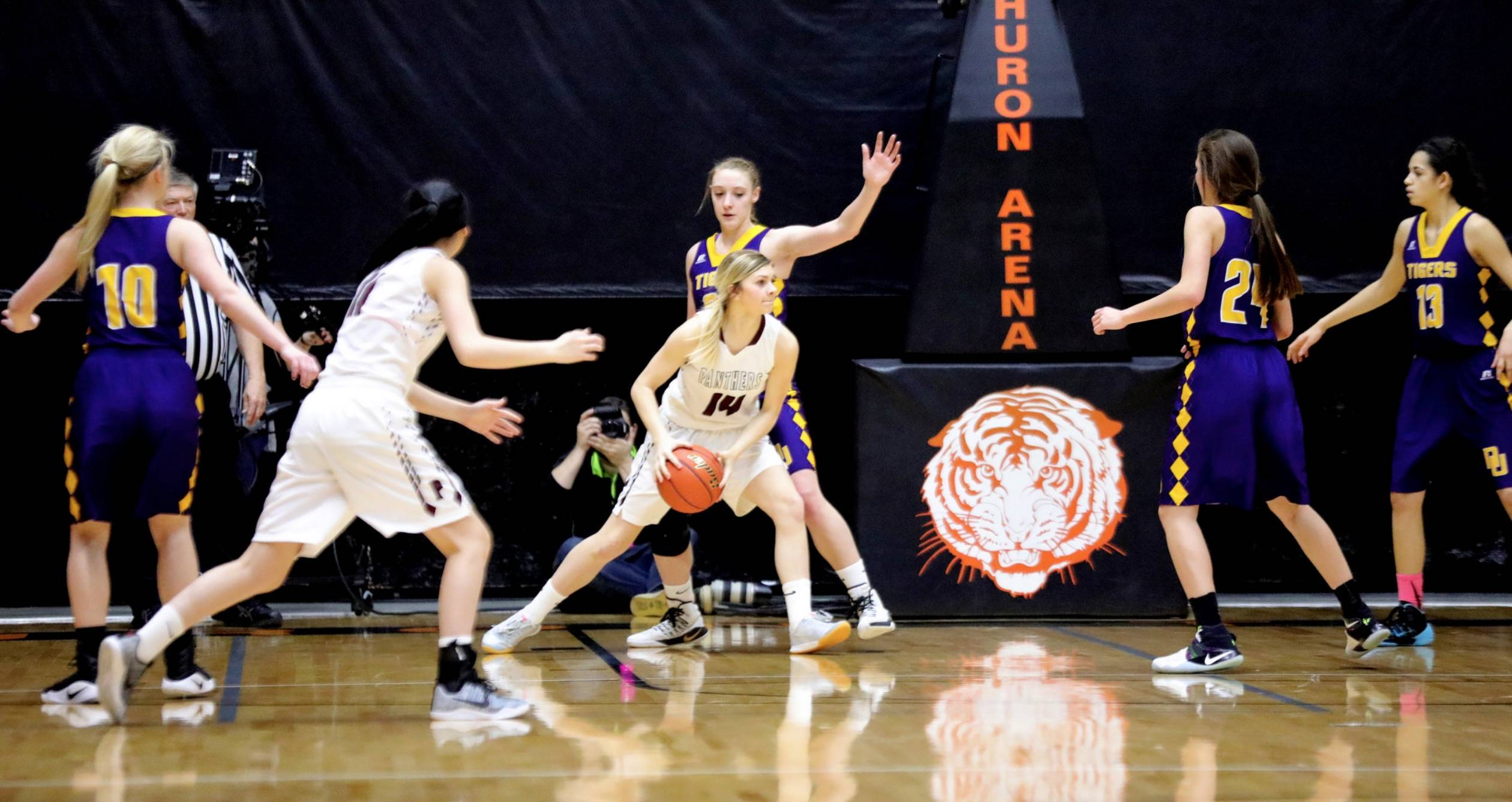 2018 Girls State Basketball Tournament Brackets