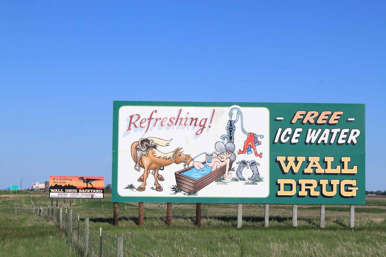 Wall Drug Sign: Refreshing!