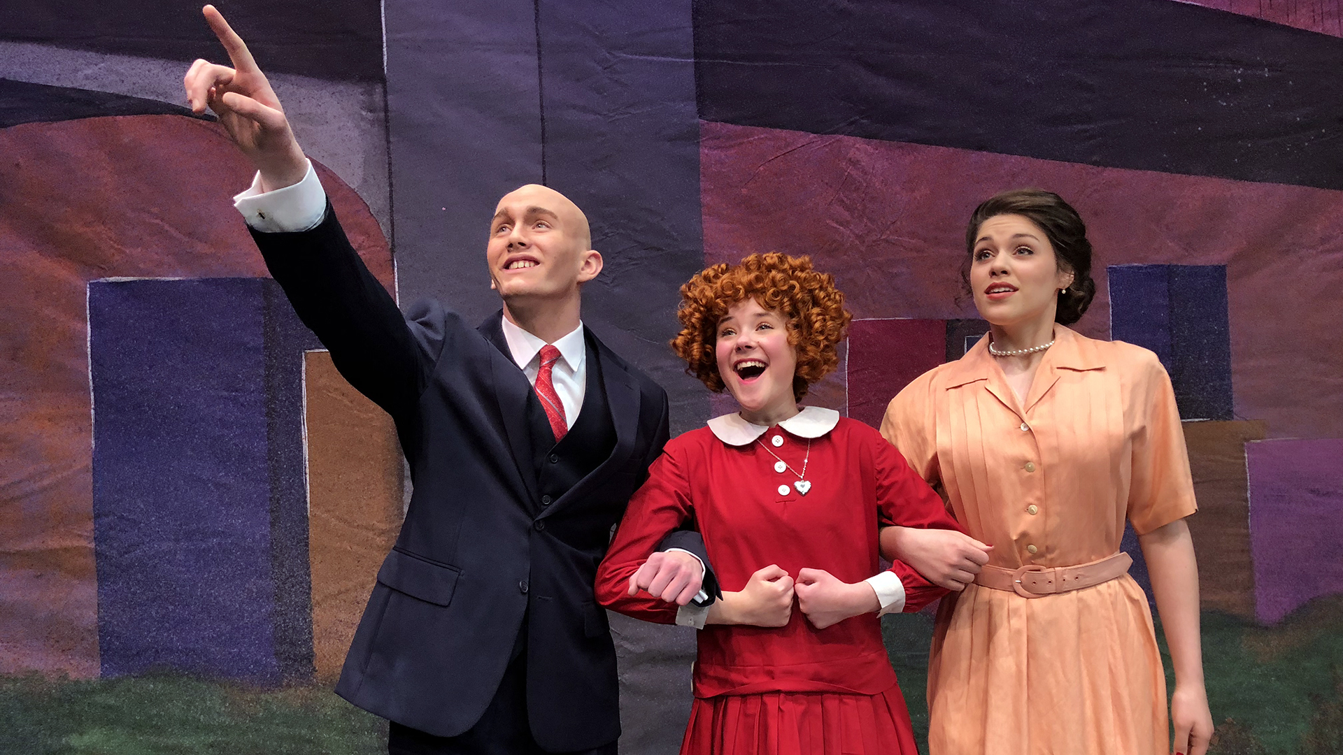 Play Here's Activity Roundup for March 29 to April 5, including Easter fun, 'Annie,' Bulls, more