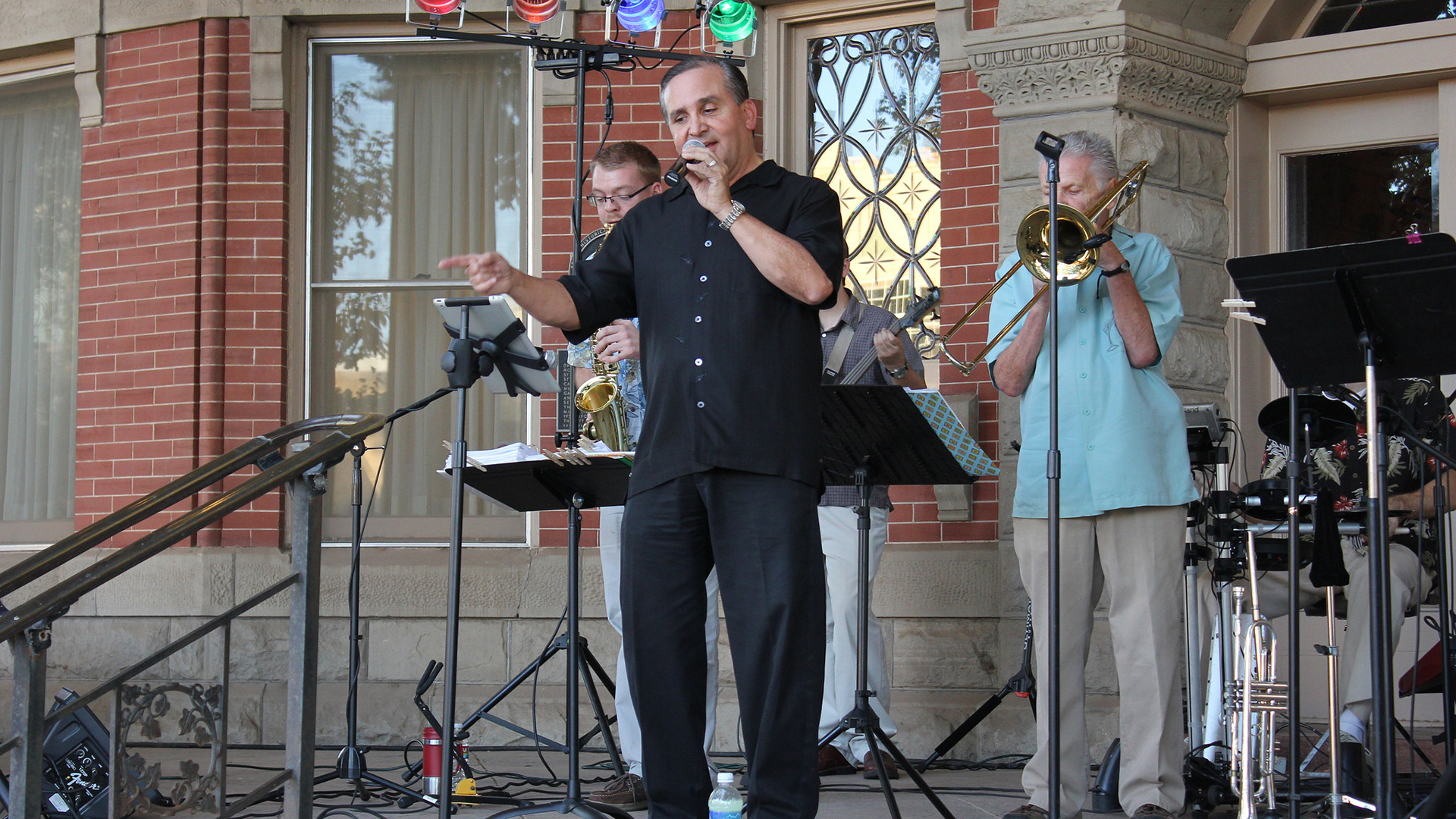 October's chill will be warmed by jazz and folk concert series
