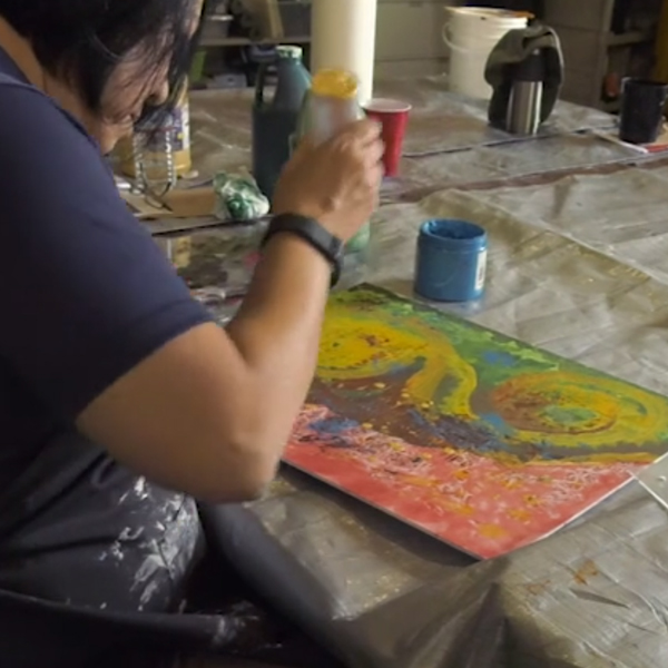 """Just Paint"" portrays an art therapy workshop for veterans"