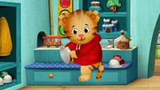 Make your own Daniel Tiger ornament