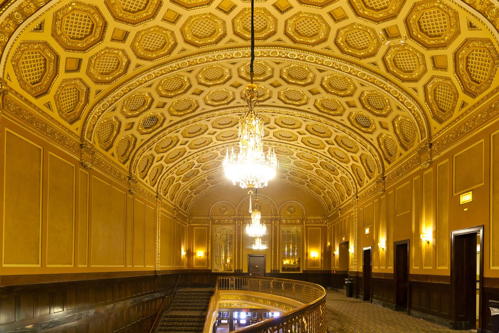 Michigan_Theater_Upstairs_lobby.jpg