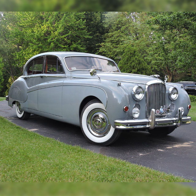 Leonard K.'s 1959 Jaguar Mark IX
