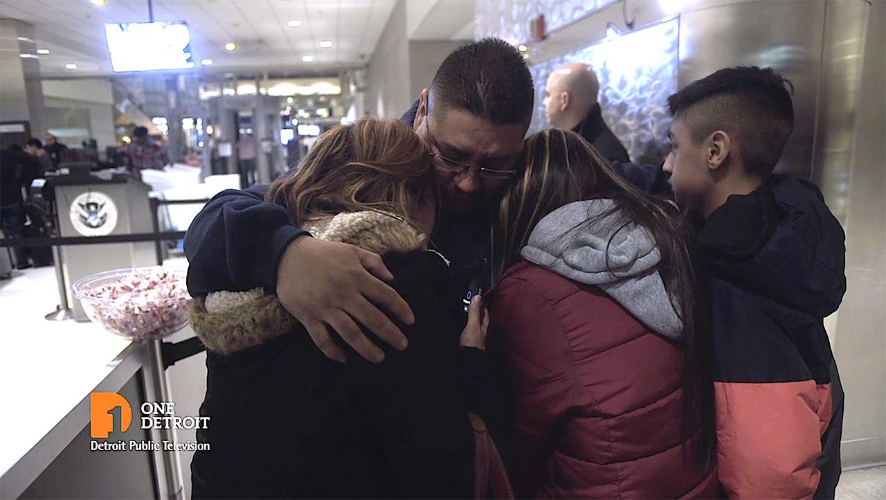 Jorge-and-family-say-goodbye.jpg