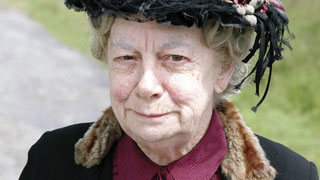 Jean Alexander: 1926-2016