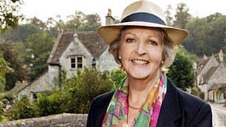 To The Manor Born's Penelope Keith