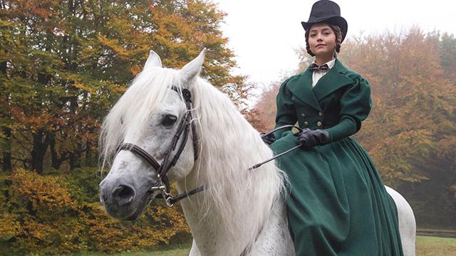 Victoria, Season 1: Brocket Hall (Episode 2)