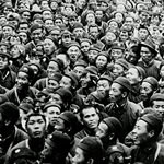 crowd of Chinese soldiers