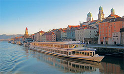 CHRISTMAS ON THE DANUBE -9 Days including 6-night River Cruise
