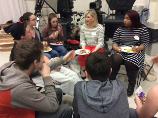 Students enjoy lunch with a media professional
