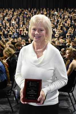 Val Fox, SDMEA Distinguished Administrator Award.