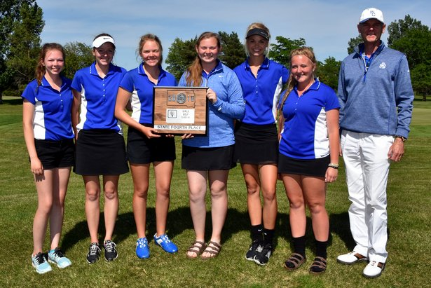 2016 Class AA Girls Golf 4th Place - Rapid City Stevens