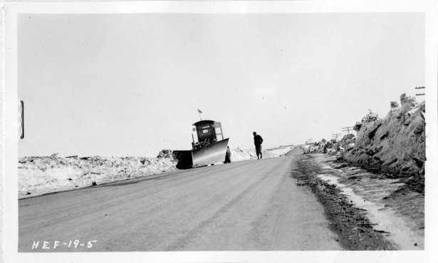 Snow plow on motor grader Highway 12 1937.jpg