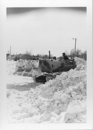 Tractor with Blade snow.jpg