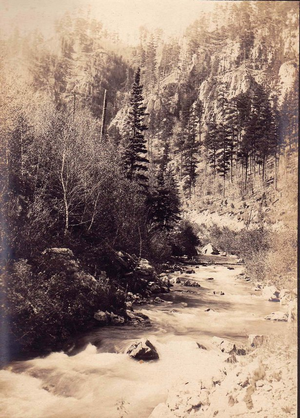 Spearfish Canyon image