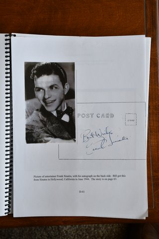 picture of frank sinatra and autograph
