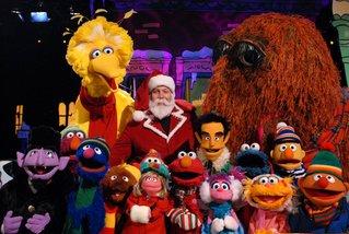 Elmos Christmas Countdown Kevin James Ensemble 2 - Wargo.JPG
