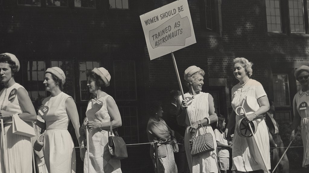 S30_Protest-Women-Should-be-Trained-as-Astronauts-sign_circa-1970s_Mount-Holyoke_rg26-2-1940-G-1-1_hiM.jpg