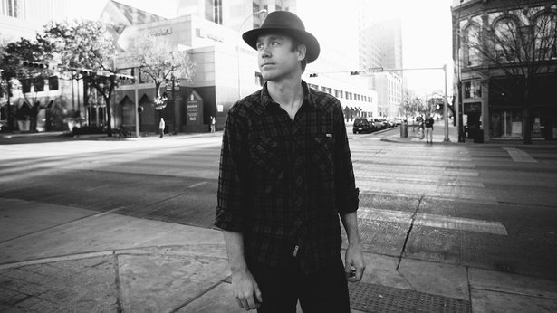 Aaron Einhouse will play tonight at Hoots Pub.