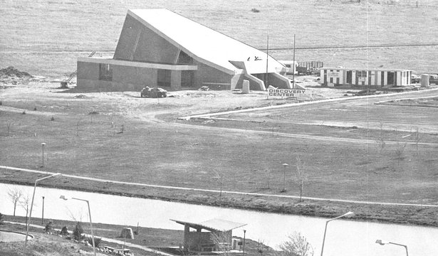Construction of the Discover Center took place in 1975, and it opened the following year.