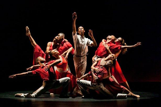 Dallas Black Dance Theatre will perform Sunday.
