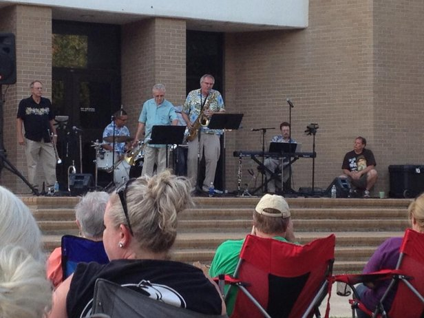 Patrick Swindell & Pizzazz at June Jazz