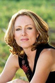 Author Linda Castillo