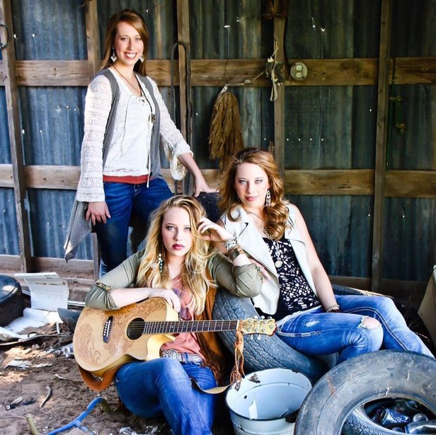 The Schilling Girls will play Saturday at Broken Spoke Lounge.
