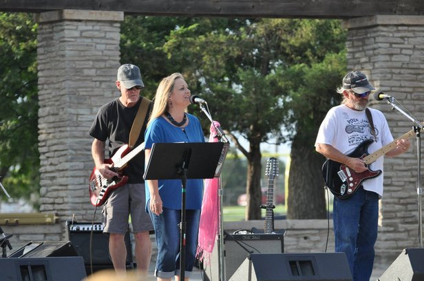 Smokey City Rhythm Revue will play Saturday at Smokey Joe's.