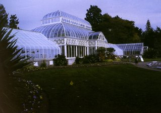 Glass conservatory in Volunteer Park.