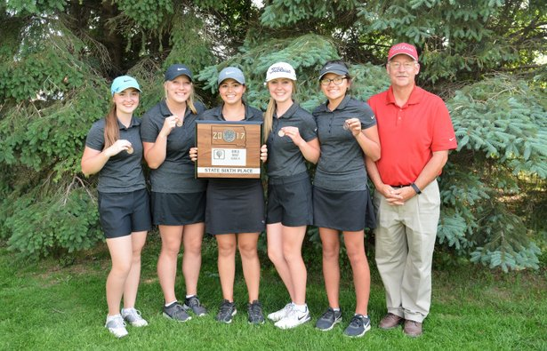 2017 Class A Girls Golf Sixth Place Sisseton.JPG
