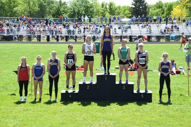 Girls polevault winners