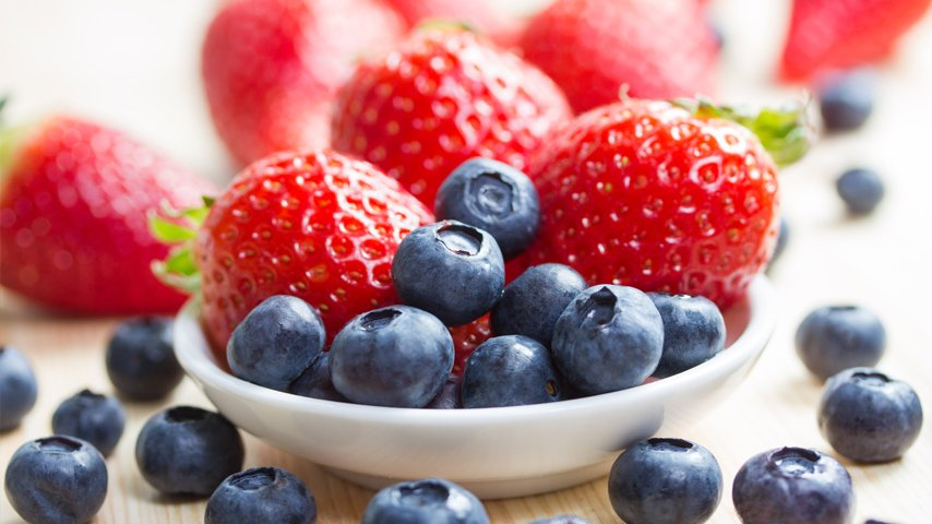 food_berries_carousel.jpg