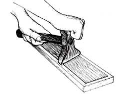 The veneer hammer squeezes the veneer tight to the ground.