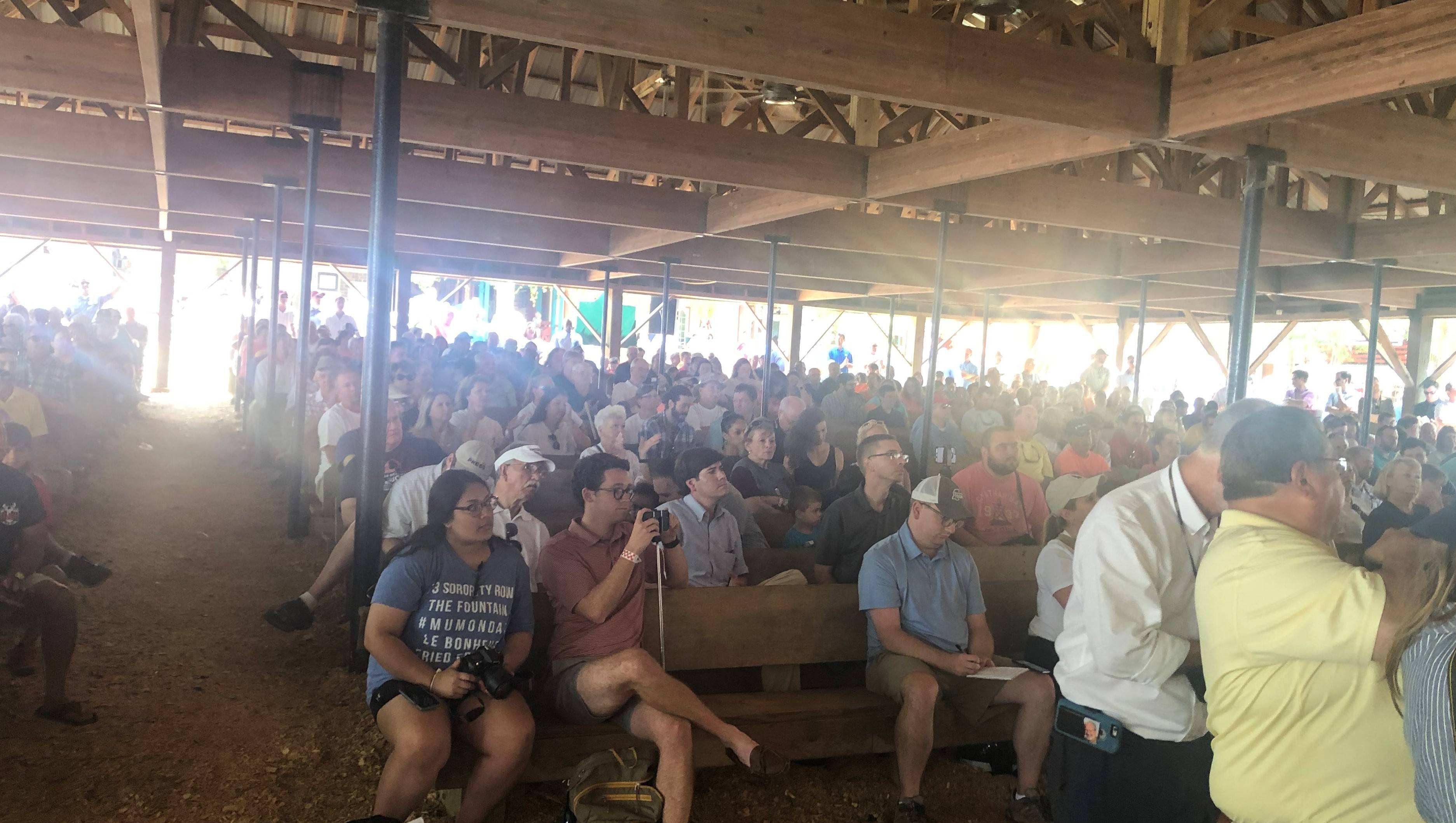 Hood and Reeves take turns insulting one another at Neshoba county Fair
