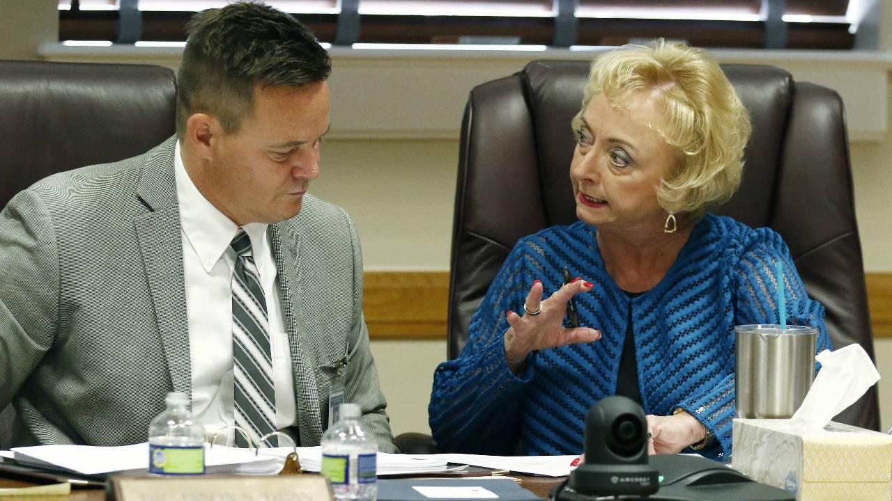 Mississippi education board delays letter grade rankings