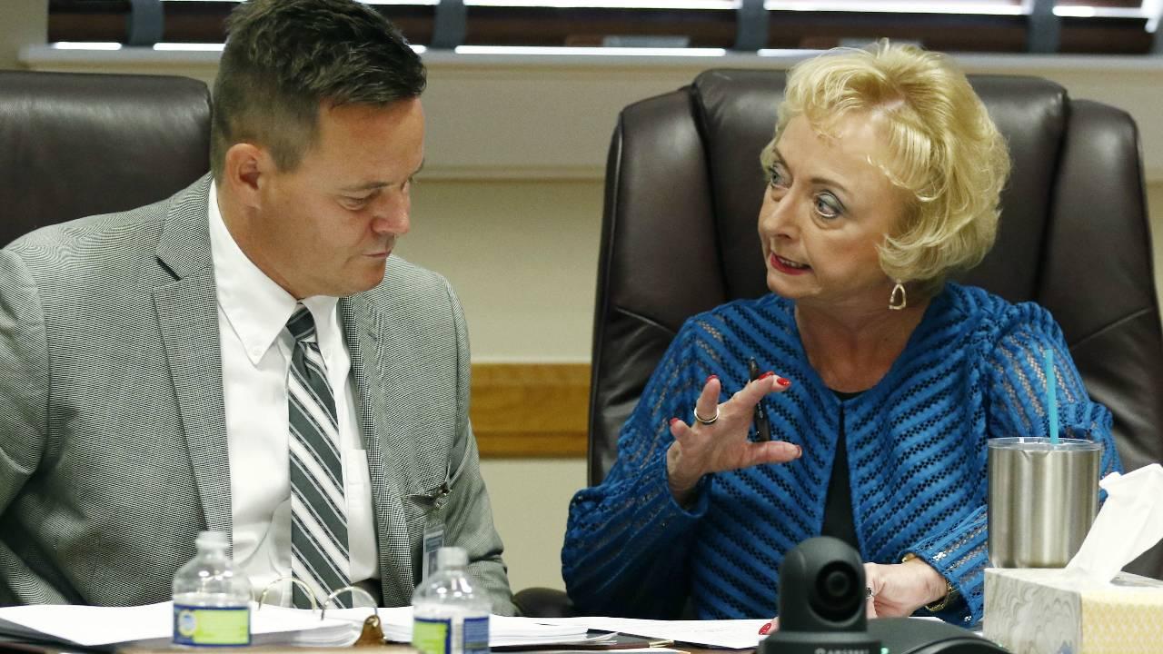 Mississippi education board approves letter grade ratings