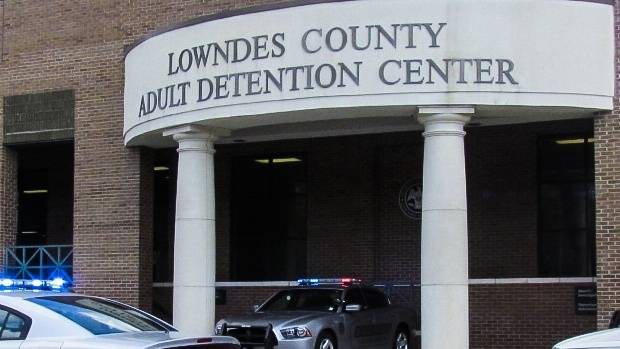 Leaders and Experts are trying to resolve record-keeping issues in county jails