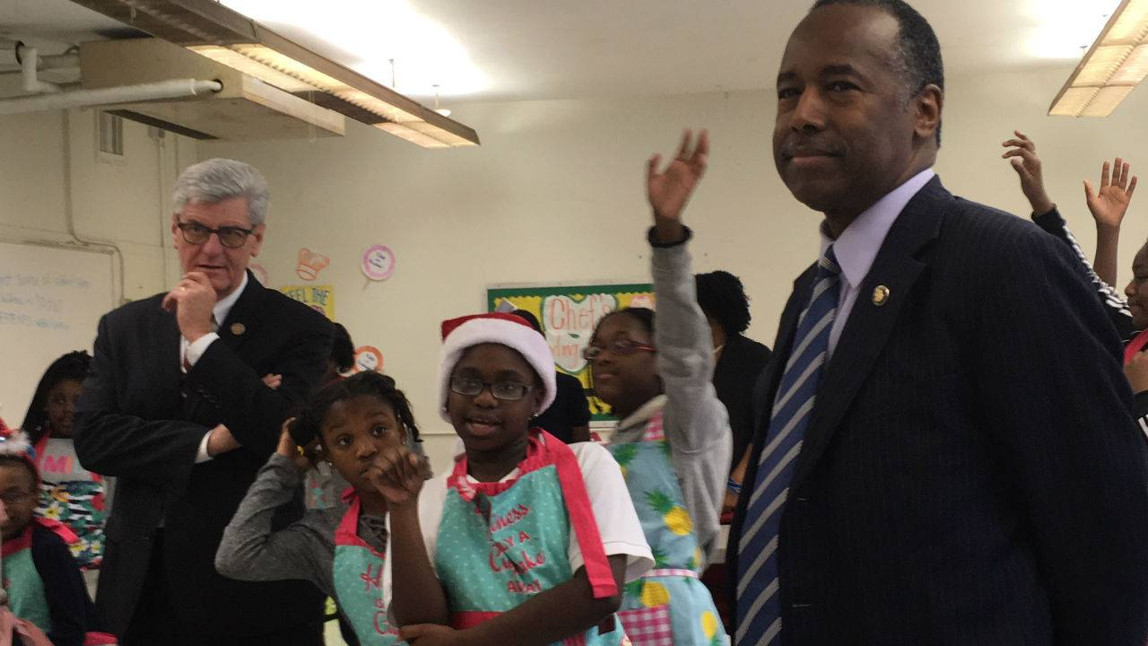 HUD Secretary Tours Opportunity Zones with Gov. Bryant