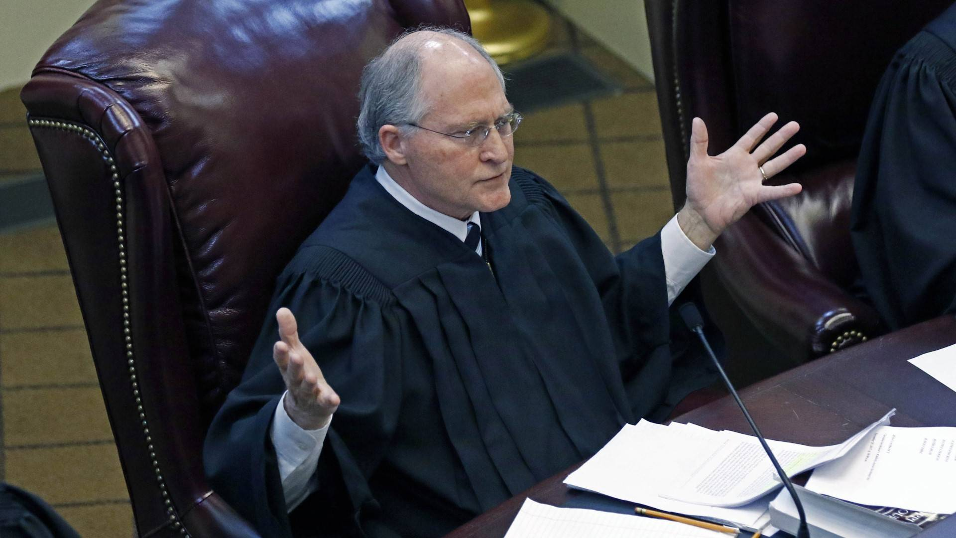 Mississippi chief justice: Time for another to lead court