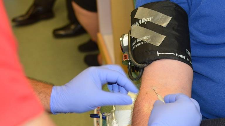 Experts Seeing a Drastic Decline in Blood Donations This Summer