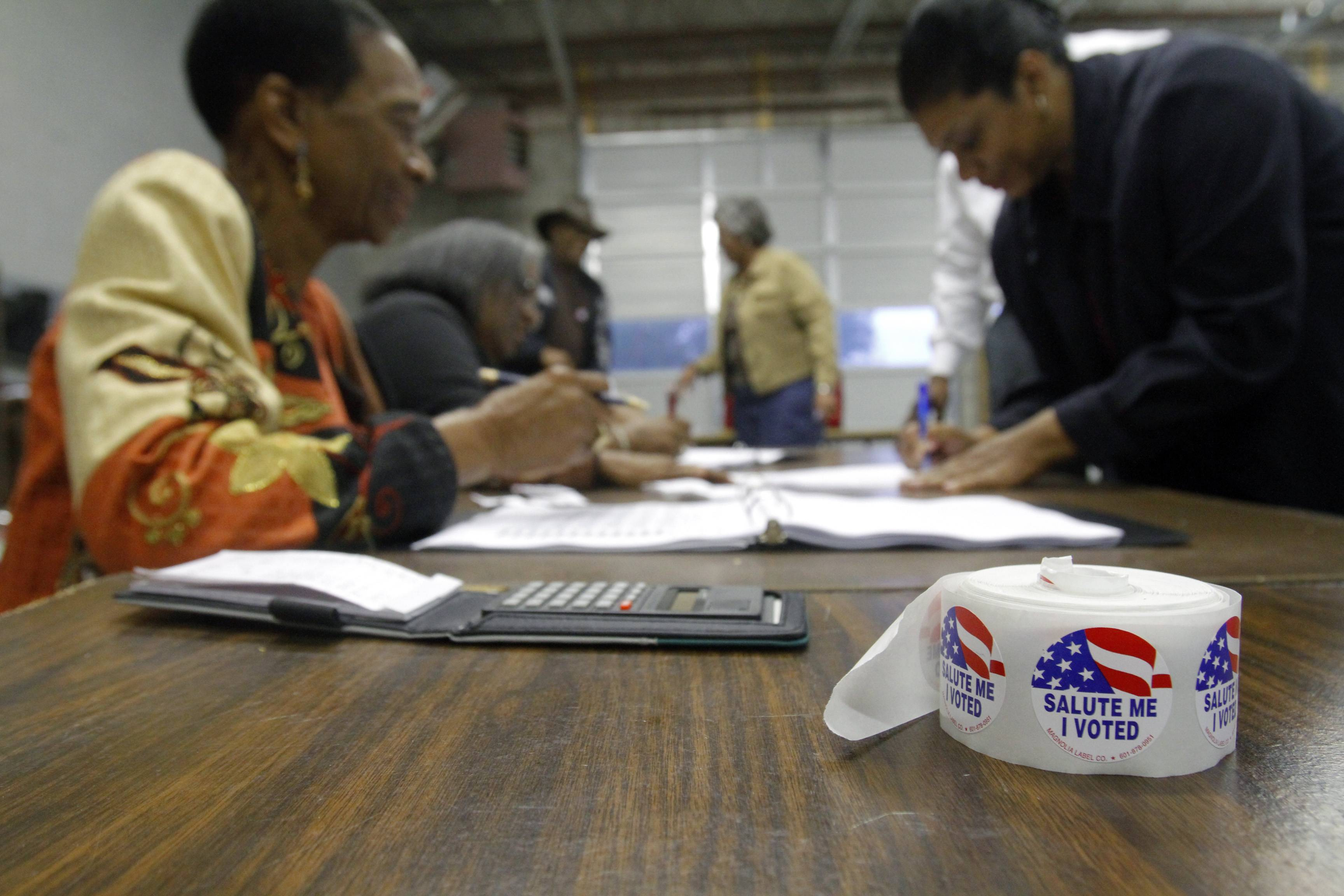 New voting suit challenges Mississippi law on citizenship proof