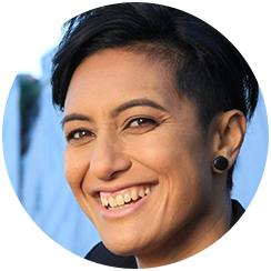 Nikki Si'ulepa, Director