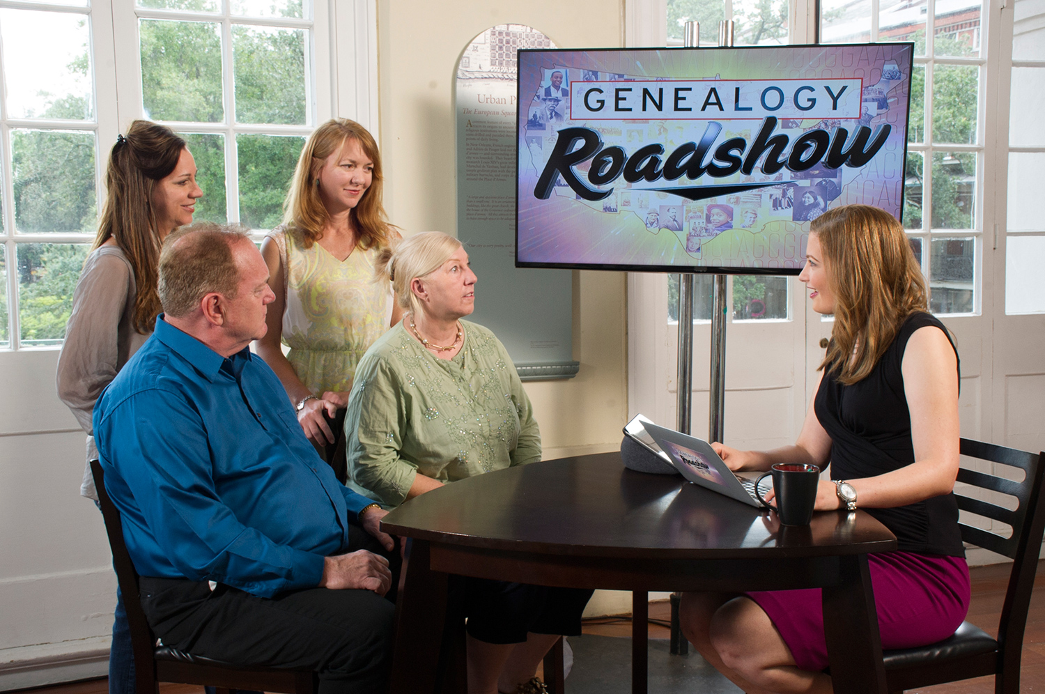 A scene from Genealogy Roadshow with Mary Tedesco.