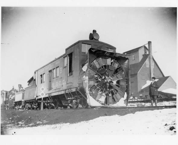 DeSmet CNW Rotary Snow Plow 1896.jpg
