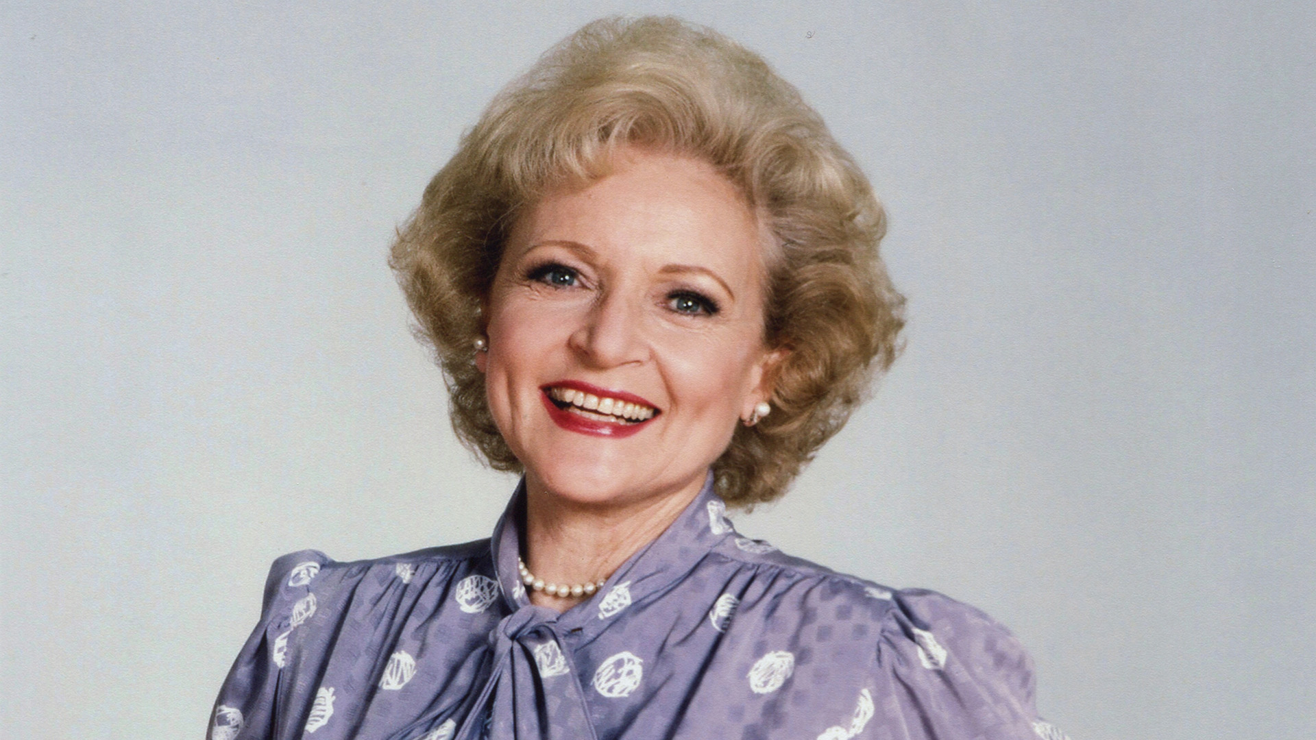 Betty White, Fleetwood Mac and more on tap for August pledge specials